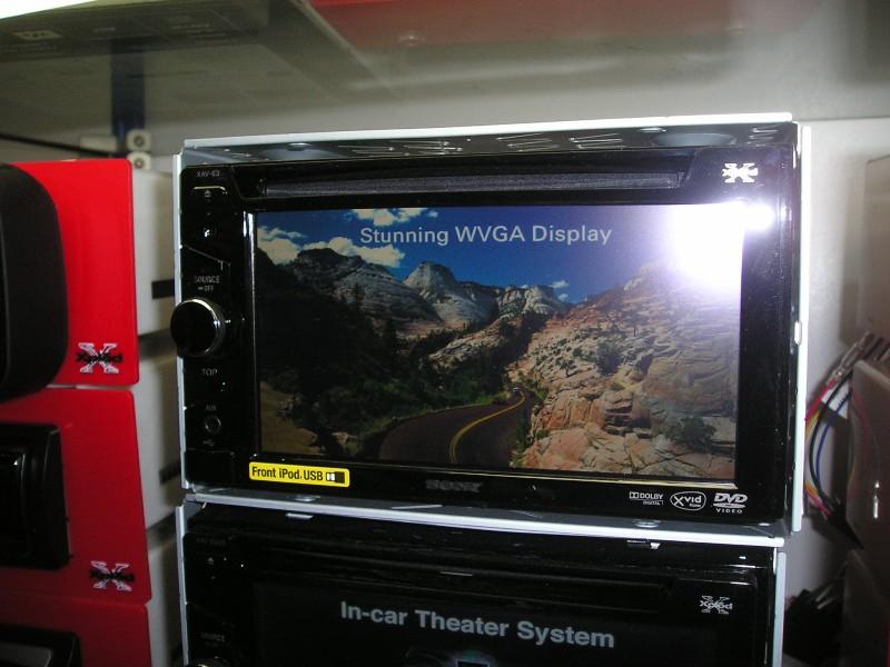 Фото автомагнитолы Sony XAV-63
